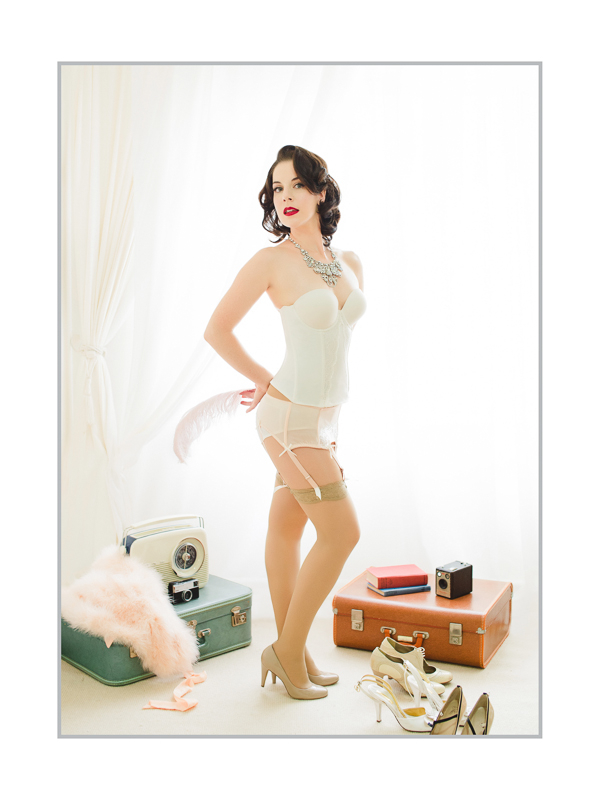 Vintage Glamour by Karen Woo, Boudoir Photography, Finessence Photography, Fashion Photography